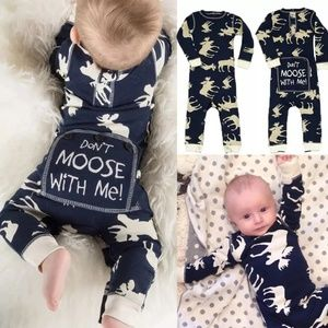 Other - CLEARANCE⏳Baby Moose outfit